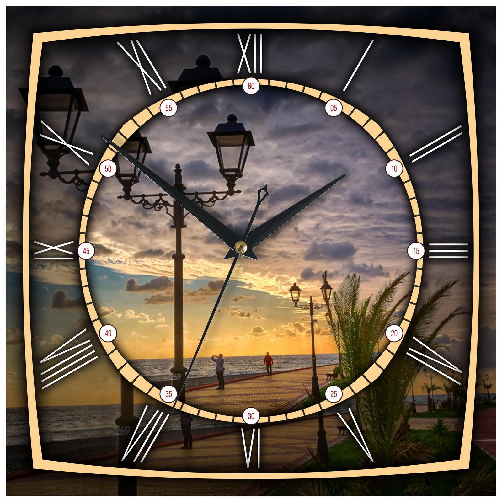 """Настенные часы """"Набережная Сочи вечером"""""""
