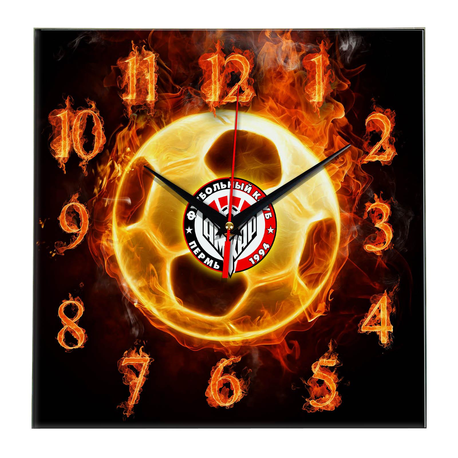 Настенные часы «Огненный футболист AMKAR PERM»