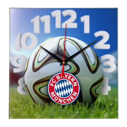 Настенные часы «На стадионе BAYERN MUNCHEN»