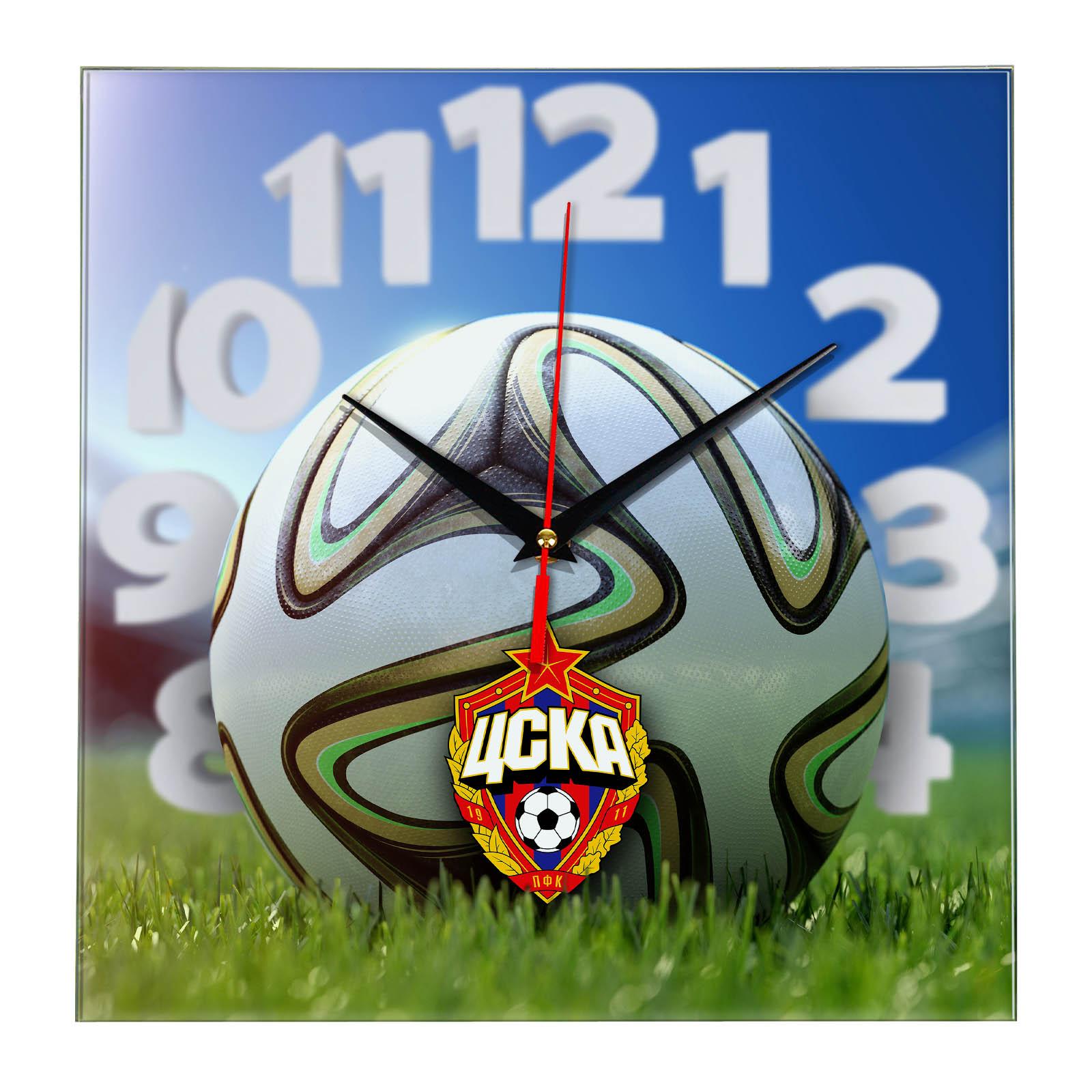Настенные часы «На стадионе CSKA»