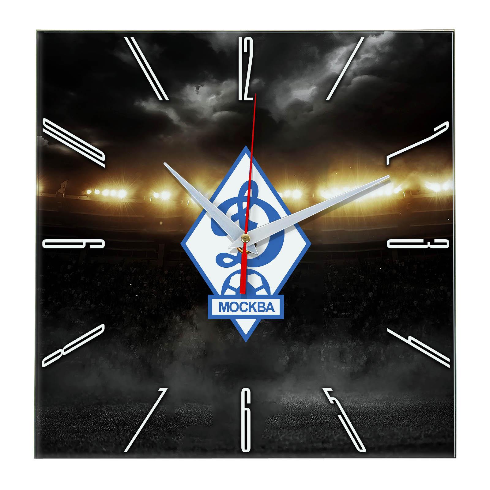 Настенные часы «В лучах славы DINAMO MOSKVA»