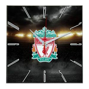 Настенные часы «В лучах славы Liverpool»