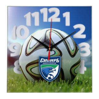 Настенные часы «На стадионе Sibir»