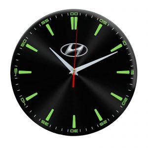 Сувенир – часы Hyundai 5 10