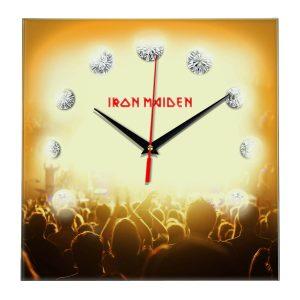 Iron maiden настенные часы 12