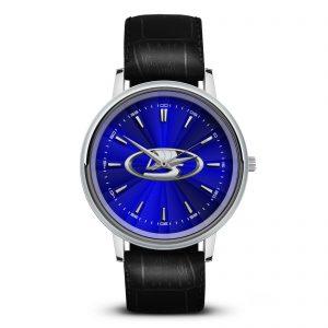 Lada наручные часы со значком
