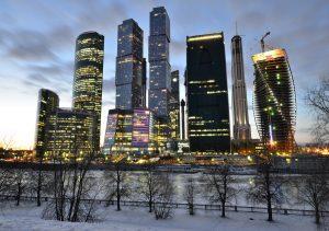 """Фото на стекле """"Москва Сити вечером"""""""