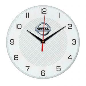 Сувенир – часы Nissan 04