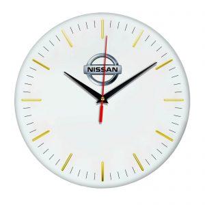 Сувенир – часы Nissan 13