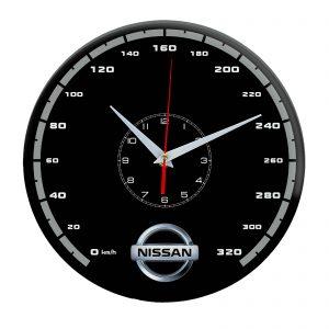 Сувенир – часы Nissan 15