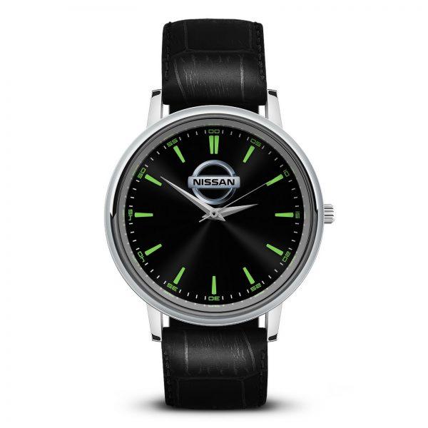 Nissan наручные часы с логотипом