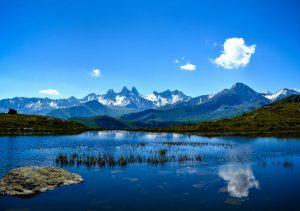 """Фото на стекле """"Природа в горах"""""""