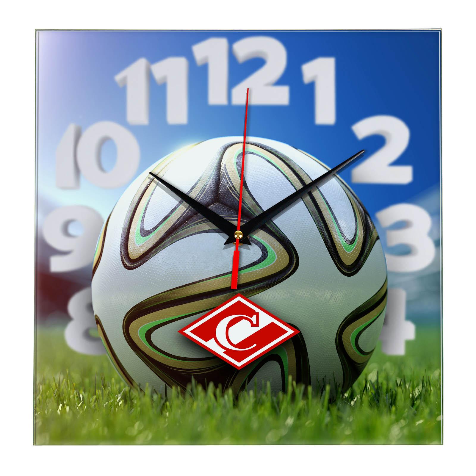 Настенные часы «На стадионе Спартак»
