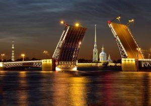 """Фото на стекле """"Разводной мост Санкт-Петербурга"""""""