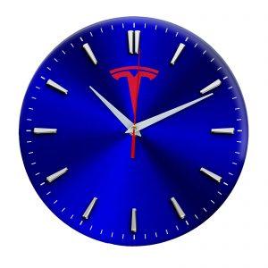 Сувенир – часы Tesla 5 08