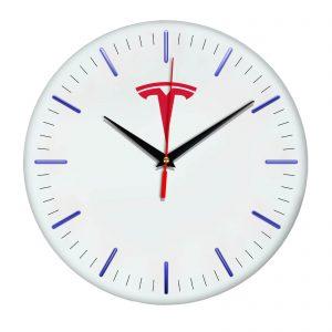 Сувенир – часы Tesla 5 11