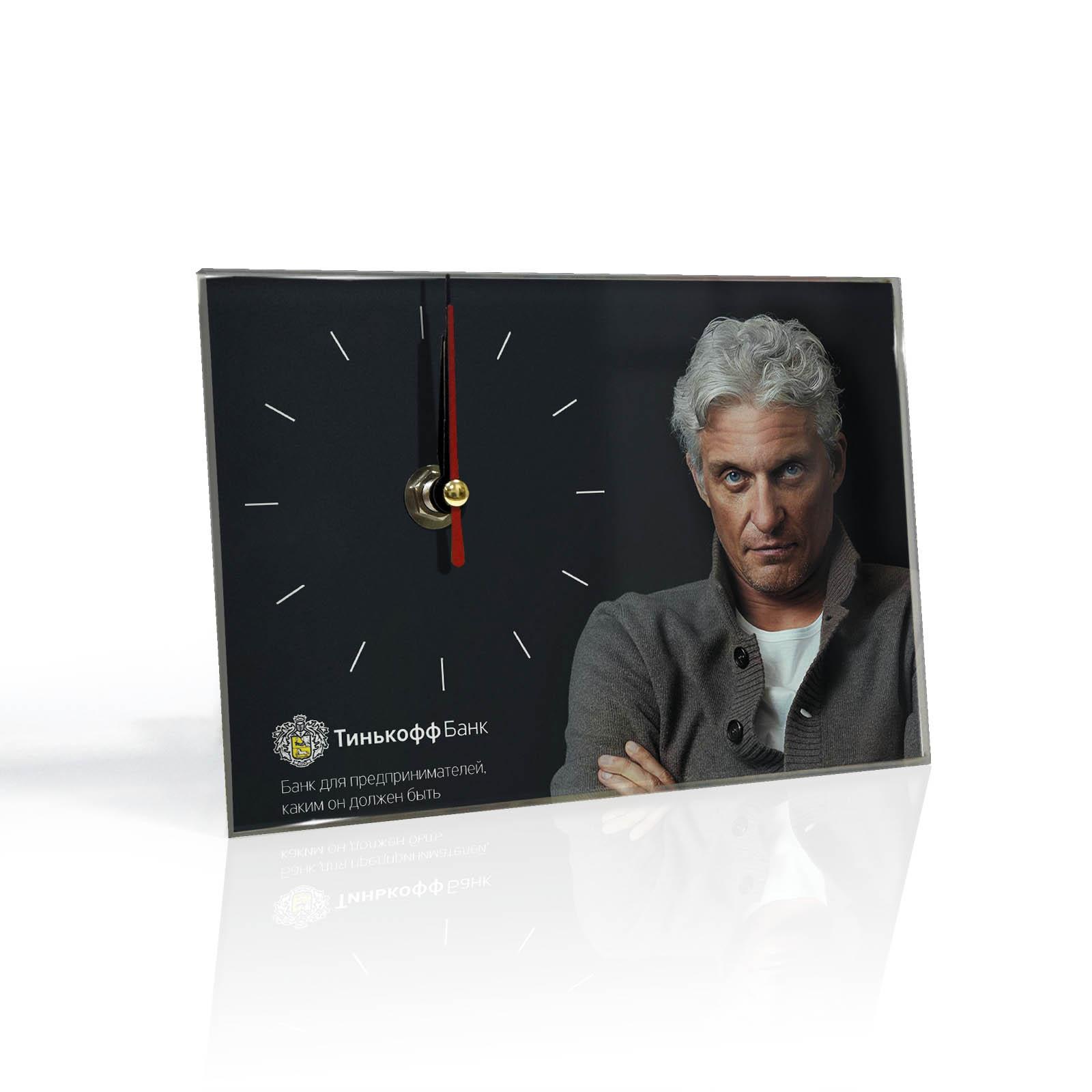 Настенные часы «tinkoff»