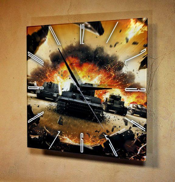 Часы настенные World of Tanks- танки в бой
