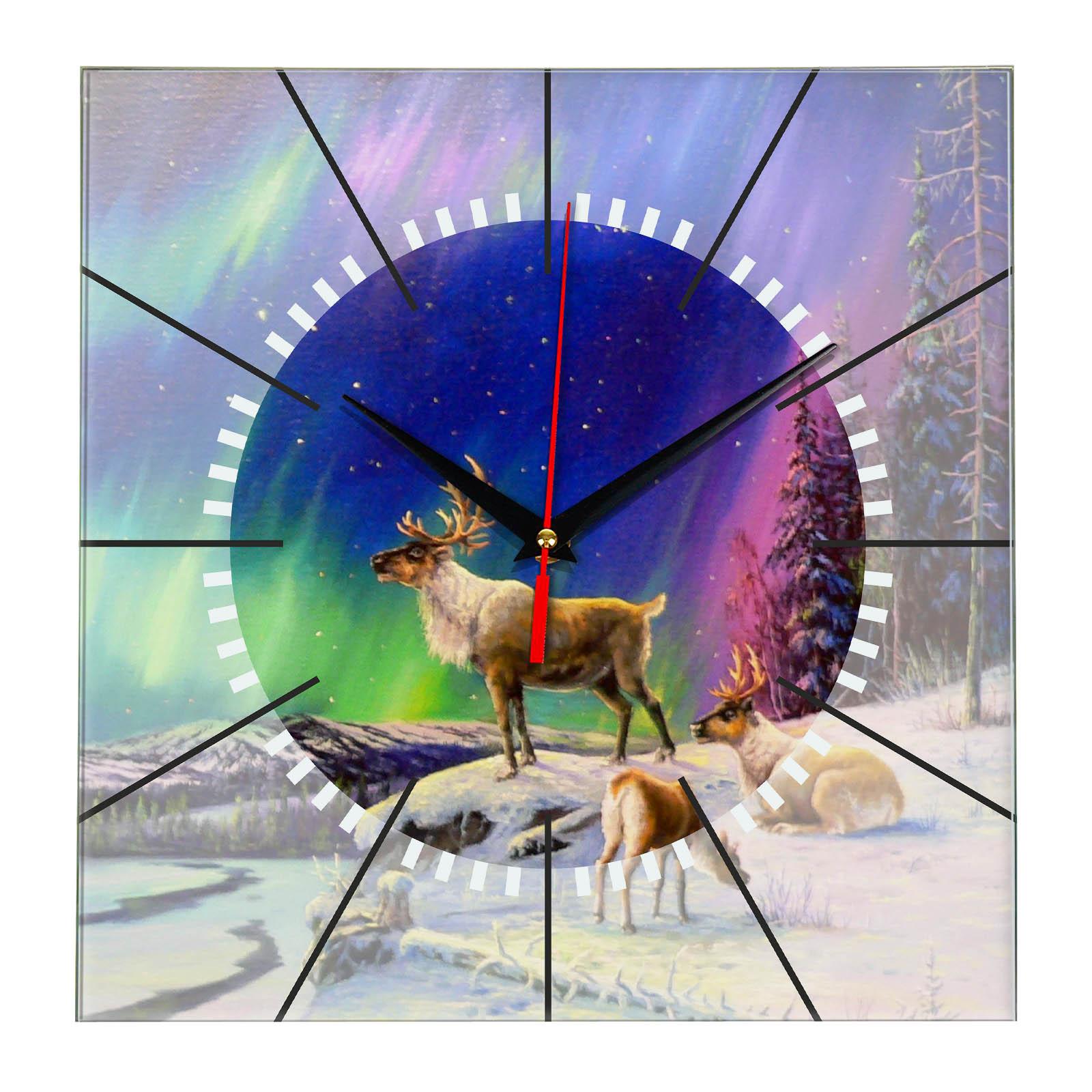 Часы настенные «Олень и Северное сияние»