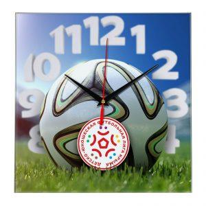 Настенные часы «На стадионе Youth league»